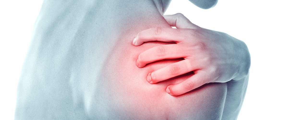 5 Simple Hacks to Relieve Your Shoulder Pain